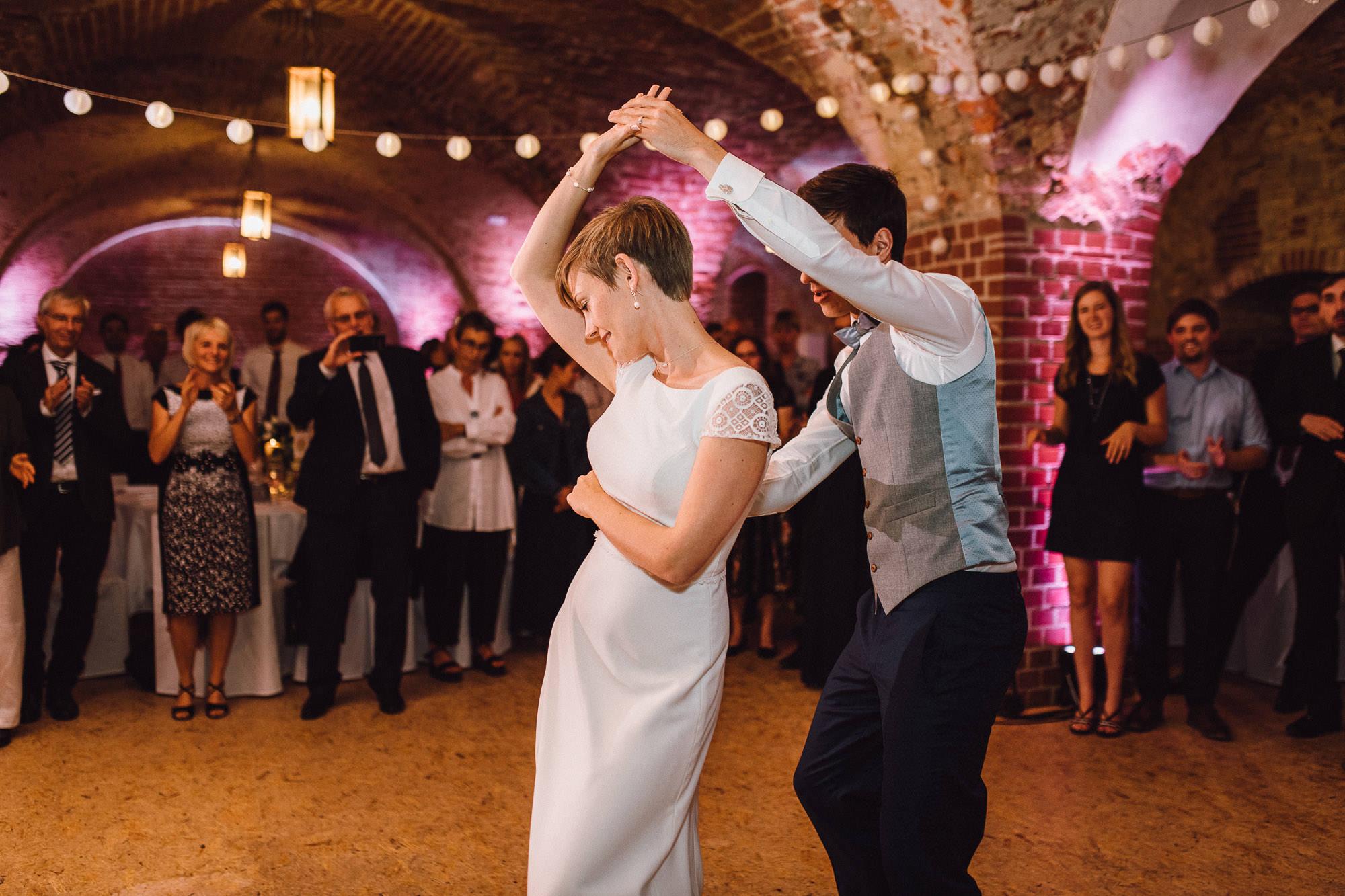 greenery-wedding-hochzeit-prielhof-sukkulenten-scheyern-lauraelenaphotography-117