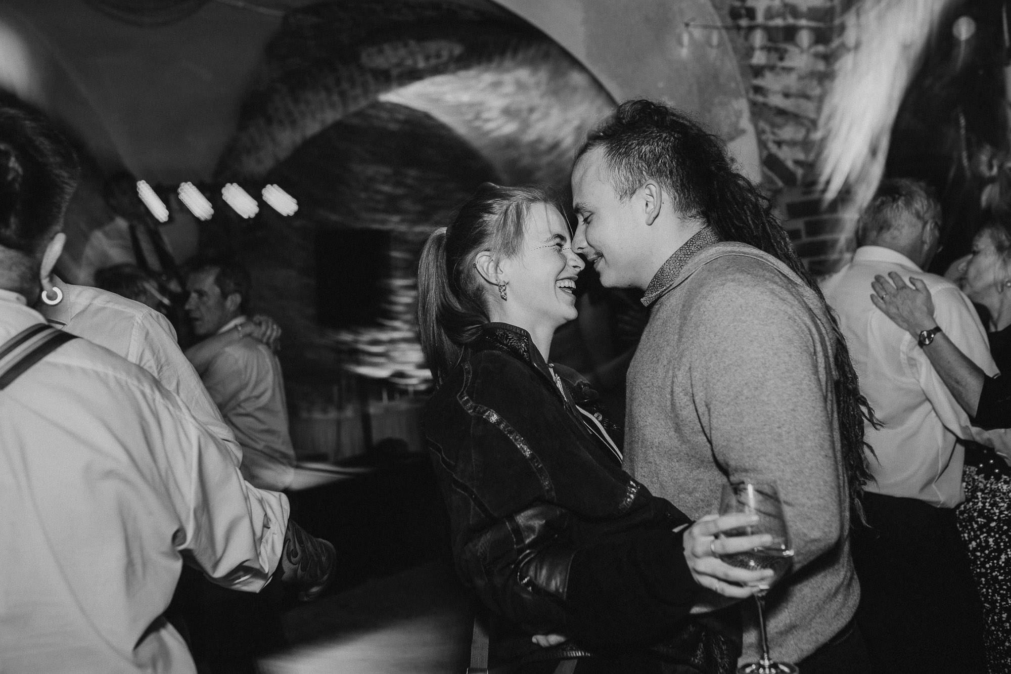 greenery-wedding-hochzeit-prielhof-sukkulenten-scheyern-lauraelenaphotography-126