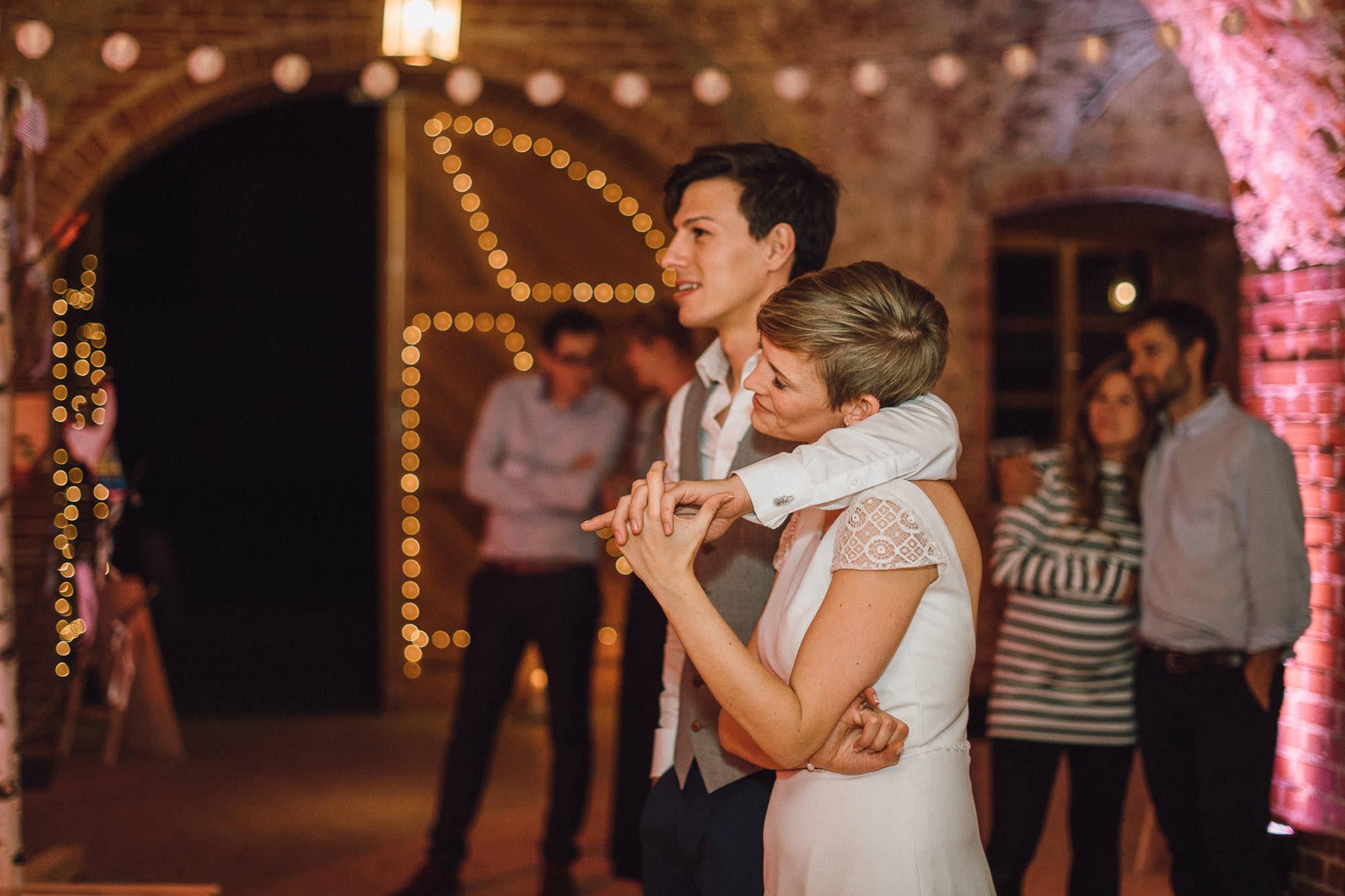 greenery-wedding-hochzeit-prielhof-sukkulenten-scheyern-lauraelenaphotography-128