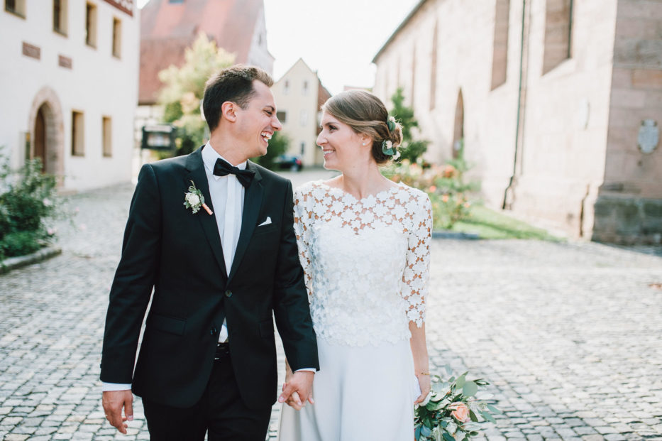 Glückliches Brautpaar in Herzogenaurach