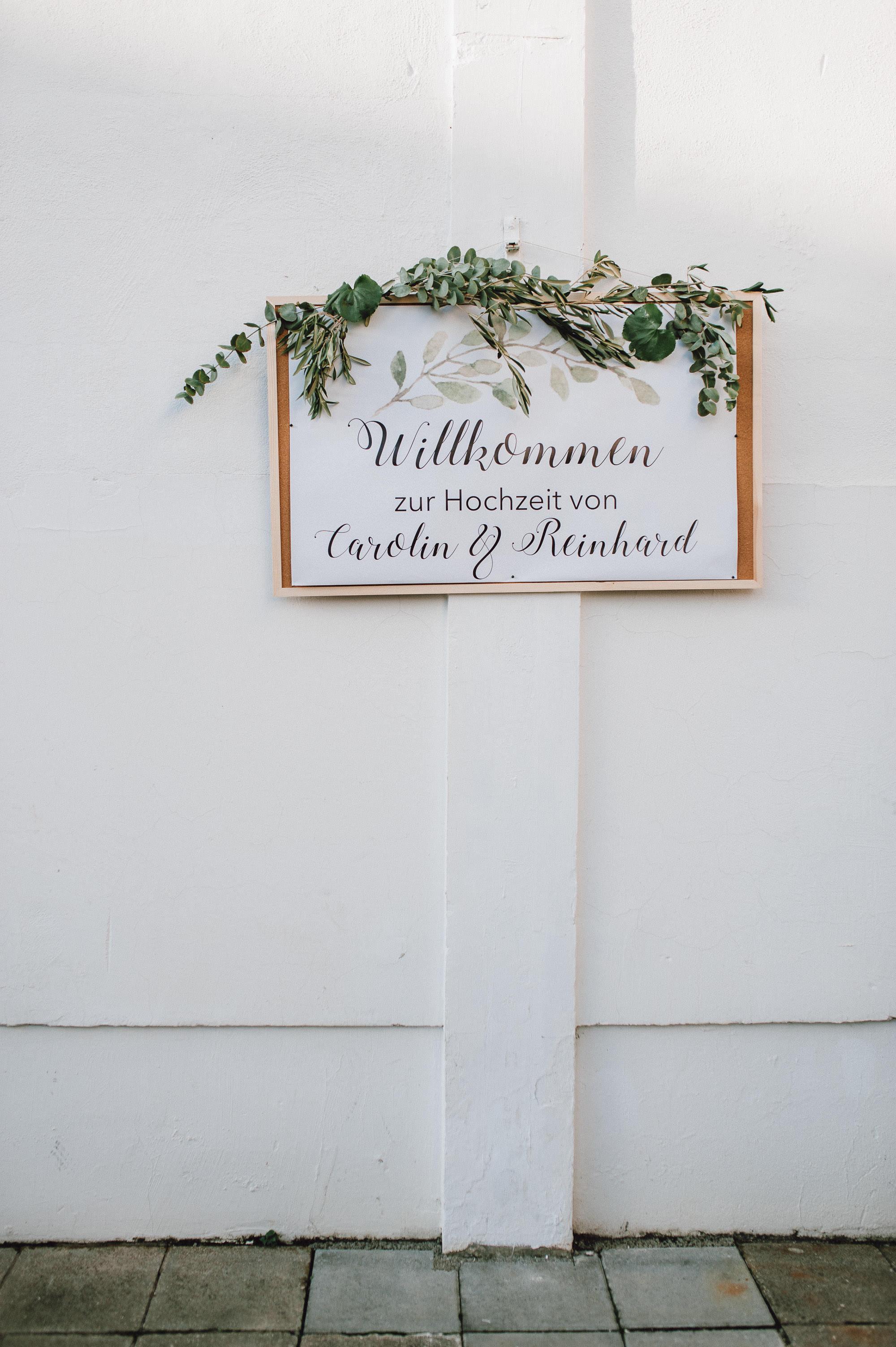 modern-urban-industrial-wedding-poolhaus-nuernberg-hochzeit-094