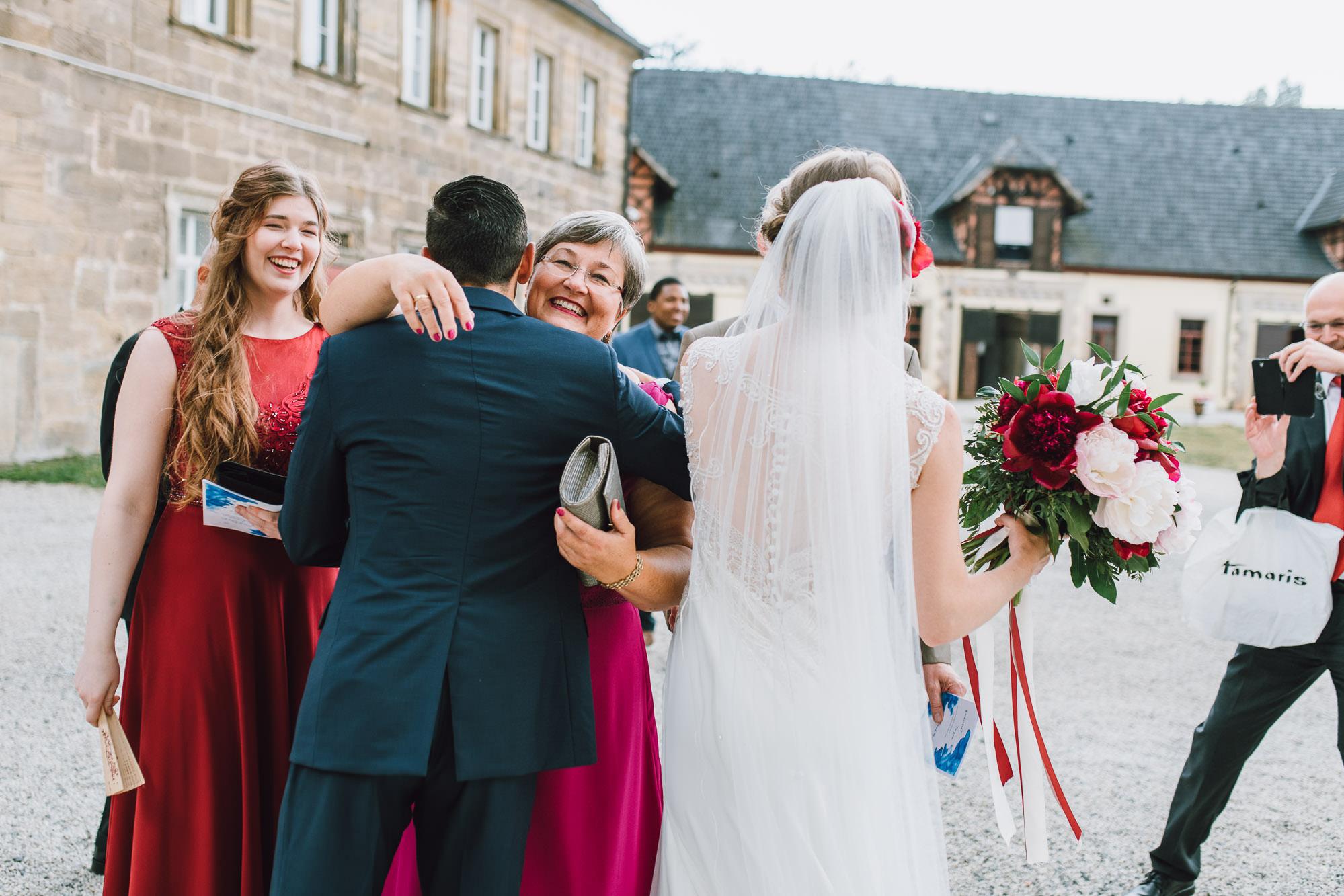 rustic-elegant-wedding-schloss-hochzeit-eyrichshof-franken-bamberg-078