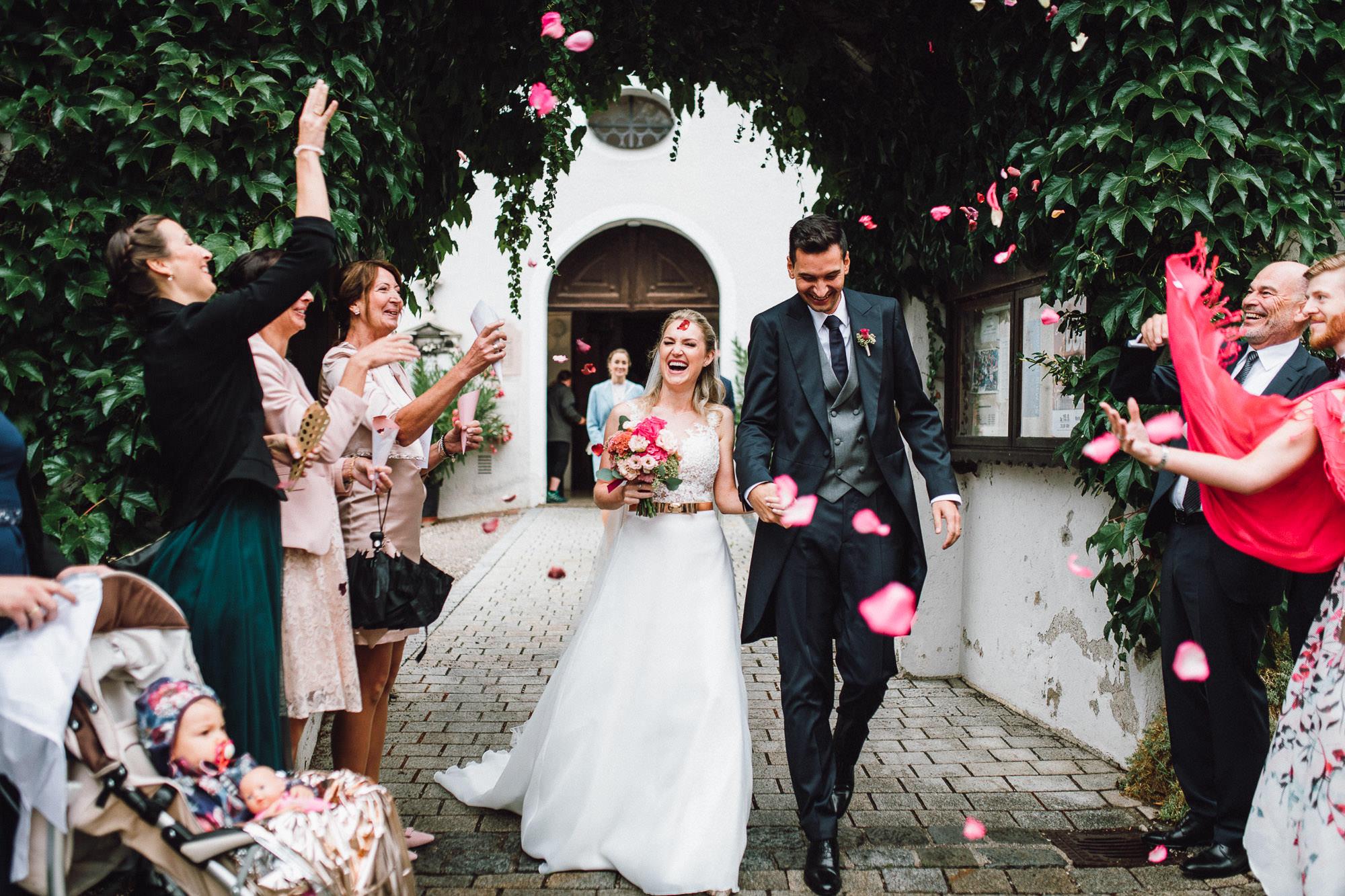 Hochzeit-Tegernsee-Regen-Gut-Kaltenbrunn-Elegant-Classy-Wedding-Laura-Elena-Photography-067