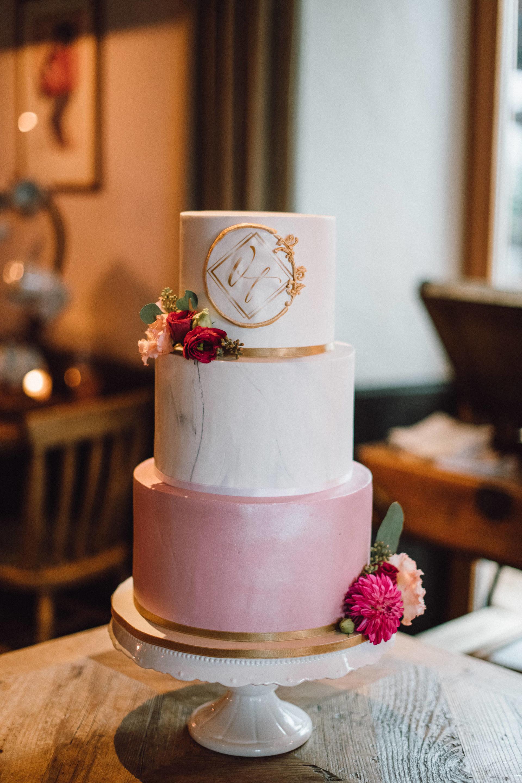 Elegante Hochzeitstorte von Ebrus Kitchen