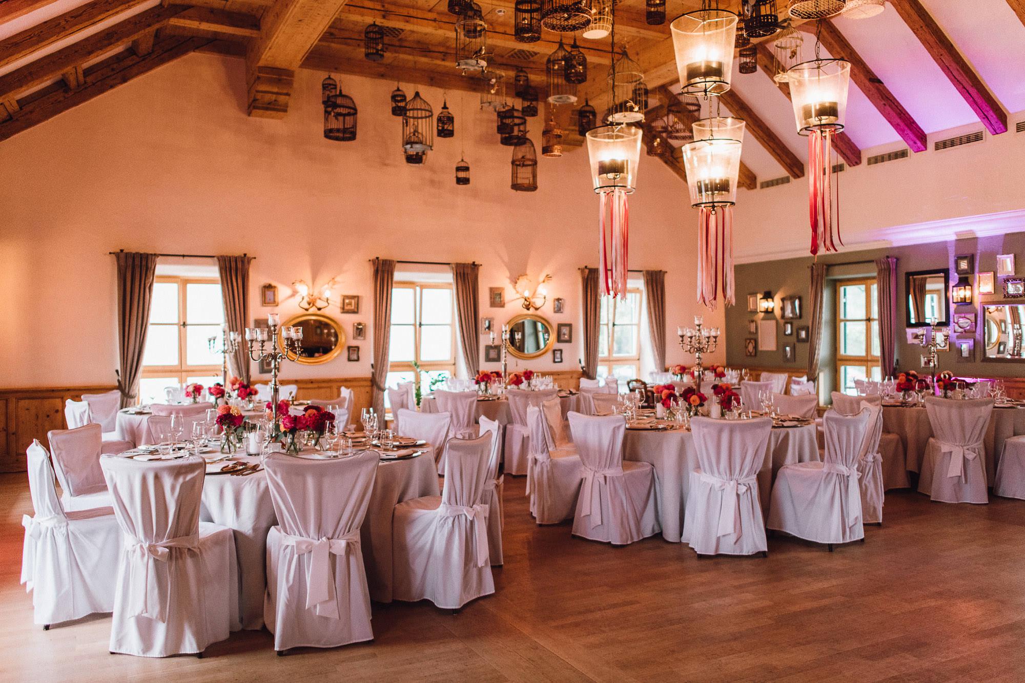 Dekorierter Saal auf Gut Kaltenbrunn