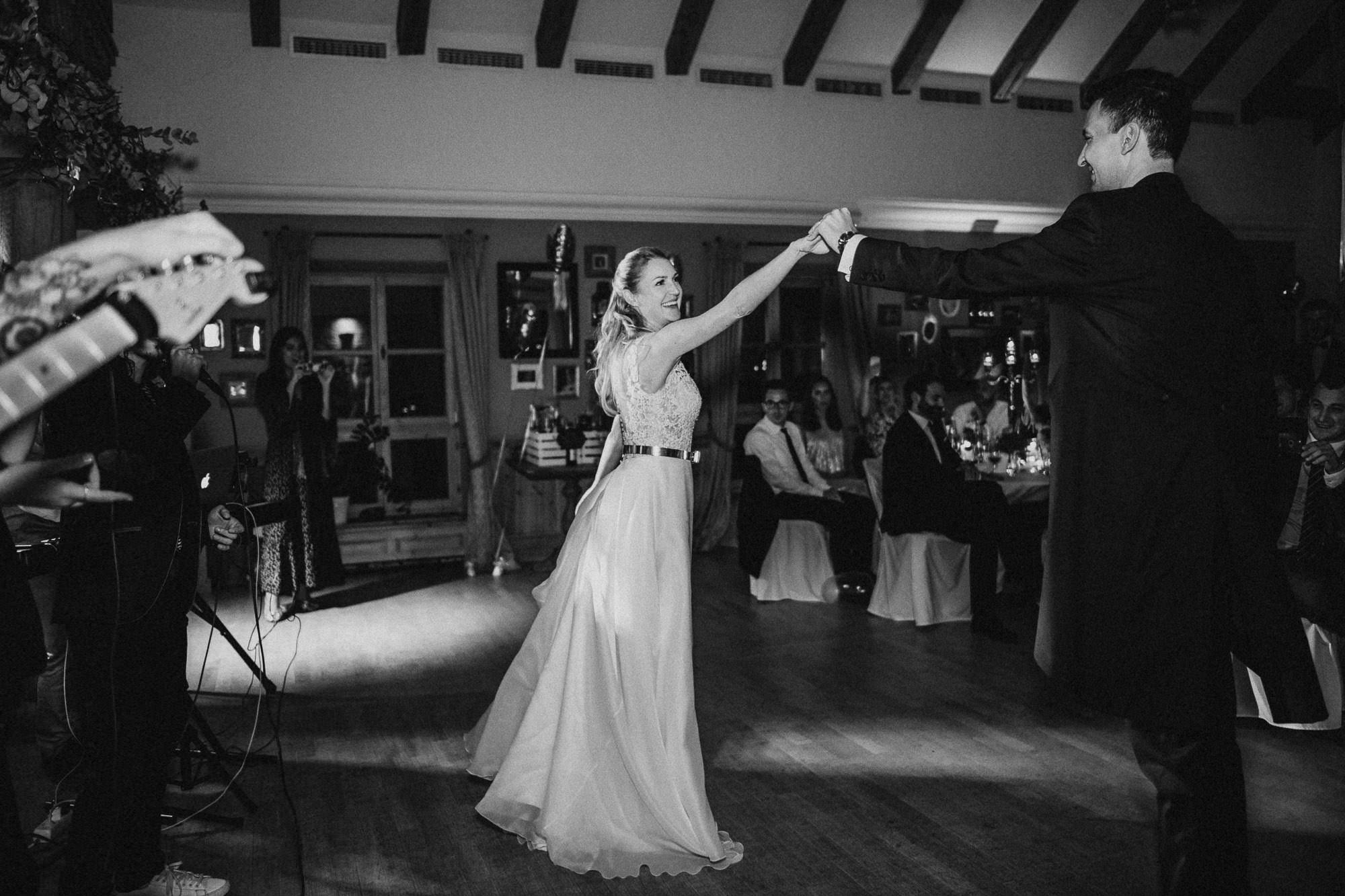 Erster Tanz des Brautpaares auf Gut Kaltenbrunn